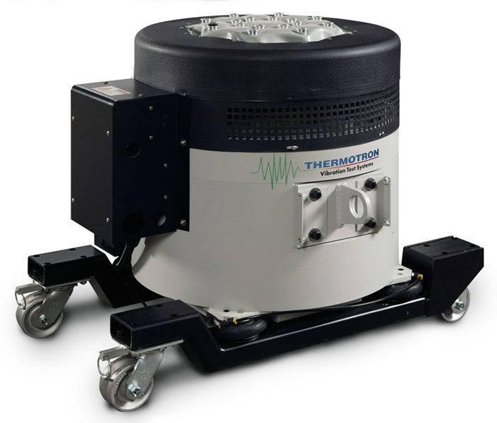 DSX4000/24-915/1 - вибростенд (до 17,8 кН)